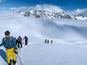 Aufstieg mit Ski oder Splitboard